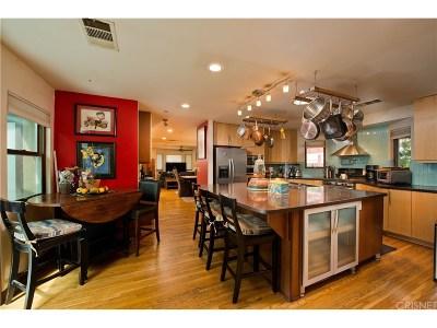 Burbank Single Family Home For Sale: 834 North Niagara Street
