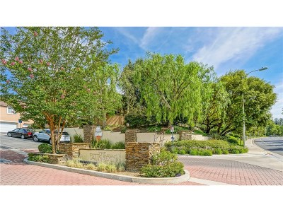 Stevenson Ranch Condo/Townhouse For Sale: 25781 Perlman Place #B