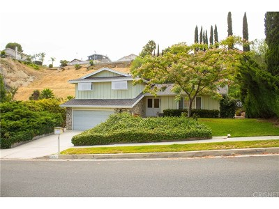 Newhall Single Family Home For Sale: 26432 Ridge Vale Drive
