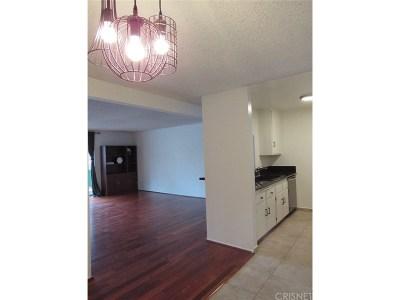Encino Condo/Townhouse For Sale: 5460 White Oak Avenue #E209
