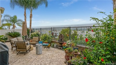 Los Angeles County Condo/Townhouse For Sale: 24350 Lorenzo Lane