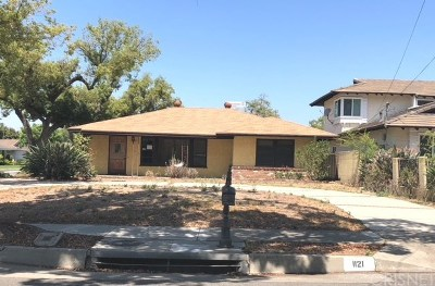 Los Angeles County Single Family Home For Sale: 1121 Mayflower Avenue