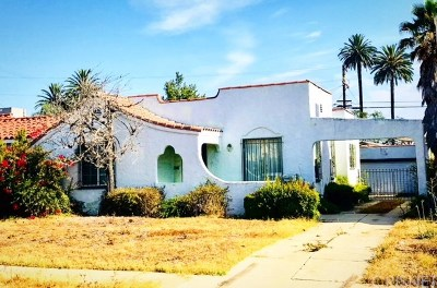 Los Angeles Single Family Home For Sale: 2051 West 84th Street