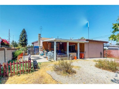 Los Angeles County Single Family Home For Sale: 11924 Saticoy Street