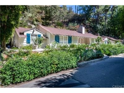 Single Family Home For Sale: 4034 Stoneybrook Drive
