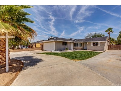 Lancaster Single Family Home For Sale: 42226 52nd Street West
