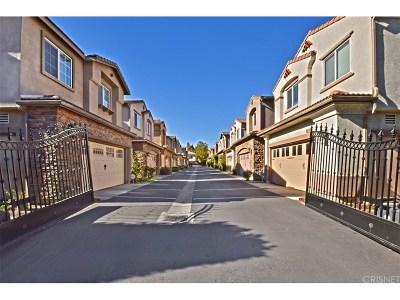 Canoga Park Single Family Home For Sale: 22114 Cajun Court