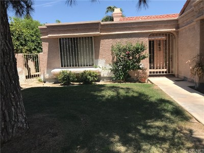 La Quinta Single Family Home For Sale: 48143 Calle Seranas