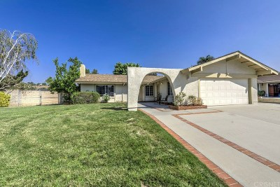 Saugus Single Family Home For Sale: 21515 Alaminos Drive