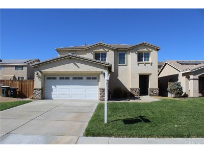 Rosamond Single Family Home For Sale: 3227 Summer Breeze Avenue