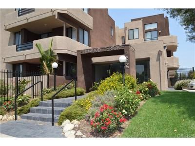 Canoga Park Condo/Townhouse For Sale: 7826 Topanga Canyon Boulevard #326