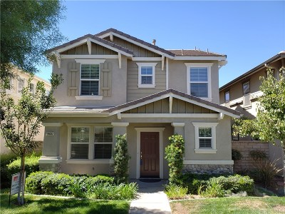 Valencia Single Family Home For Sale: 24037 Whitewater Drive
