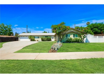 Granada Hills Single Family Home For Sale: 11141 Gerald Avenue
