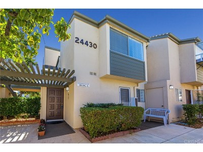 Valencia Condo/Townhouse For Sale: 24430 Nicklaus Drive #L1