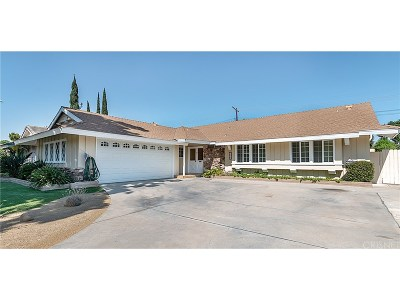 Northridge Single Family Home For Sale: 9230 Gerald Avenue