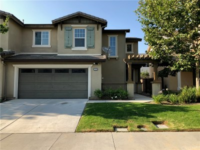 Moorpark Condo/Townhouse For Sale: 13213 Majestic Court