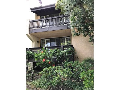 Woodland Hills Condo/Townhouse For Sale: 21900 Marylee Street #266