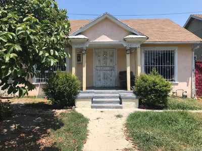 Los Angeles Single Family Home For Sale: 1011 West 68th Street