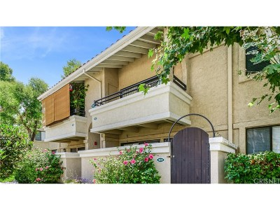 Canyon Country Condo/Townhouse For Sale: 18820 Mandan Street #410