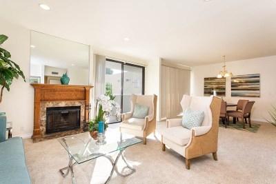 Los Angeles Condo/Townhouse For Sale: 1630 South Bentley Avenue #205