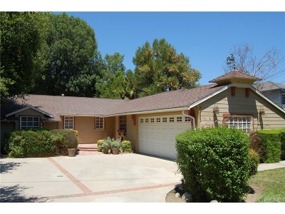 Woodland Hills Single Family Home For Sale: 23001 Collins Street