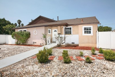 Canoga Park Single Family Home For Sale: 7753 De Soto Avenue
