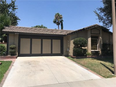 Valencia Condo/Townhouse For Sale: 25979 Pueblo Drive
