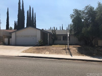 Canyon Country Single Family Home For Sale: 29184 Flowerpark Drive