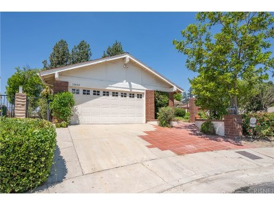 Porter Ranch Single Family Home For Sale: 11453 Cabriole Avenue