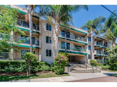 Sherman Oaks Condo/Townhouse For Sale: 4501 Cedros Avenue #109