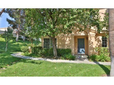 Stevenson Ranch Condo/Townhouse For Sale: 25218 Steinbeck Avenue #A