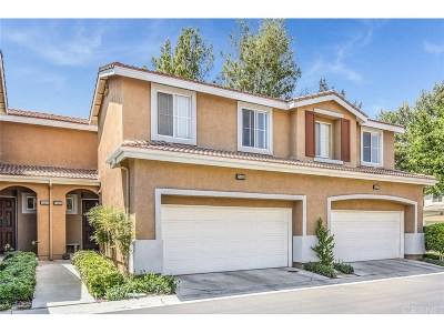 Saugus Condo/Townhouse For Sale: 25425 Calcutta Pass Lane