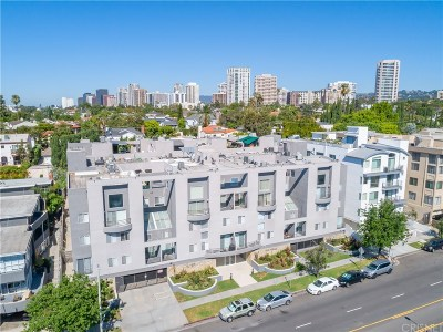 Los Angeles County Condo/Townhouse For Sale: 1617 South Beverly Glen Boulevard #208