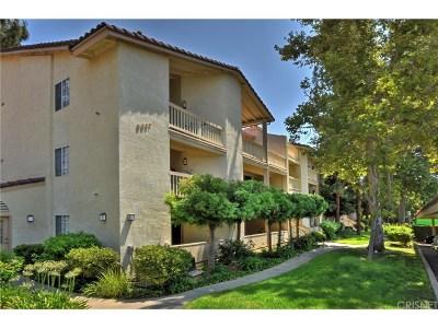 Oak Park Condo/Townhouse For Sale: 5837 Oak Bend Lane #102