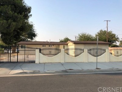 Palmdale Single Family Home For Sale: 3629 E Palmdale