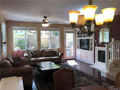 Saugus Condo/Townhouse For Sale: 28458 Santa Rosa Lane #541