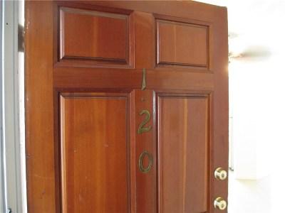 Tarzana Condo/Townhouse For Sale: 18645 Hatteras Street #120