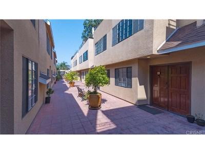 Tarzana Condo/Townhouse For Sale: 5820 Yolanda Avenue #7