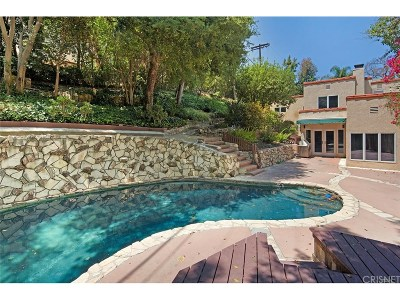 Los Angeles County Single Family Home For Sale: 13456 Contour Drive