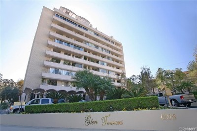 Condo/Townhouse For Sale: 1333 South Beverly Glen Boulevard #704