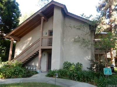 Los Angeles County Condo/Townhouse For Sale: 7101 Farralone Avenue #143