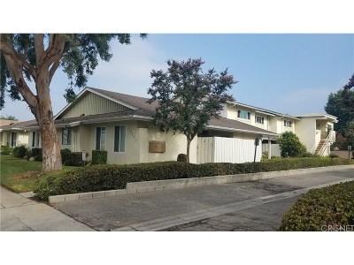 Northridge Condo/Townhouse For Sale: 16741 Parthenia Street #3
