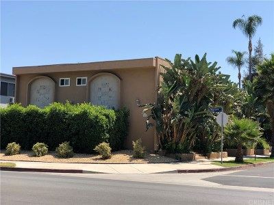 Los Angeles County Residential Income For Sale: 13424 Moorpark Street