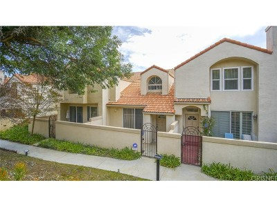 Chatsworth Condo/Townhouse For Sale: 11364 Old Ranch Circle