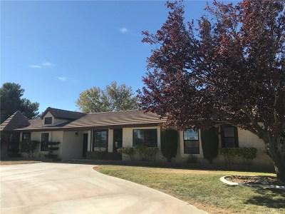 Lancaster Single Family Home For Sale: 2112 West Avenue L8