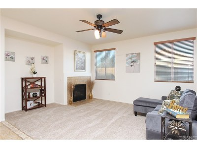 Lancaster Single Family Home For Sale: 43940 Firewood Way