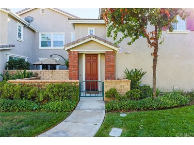 Valencia Condo/Townhouse For Sale: 27471 Coldwater Drive