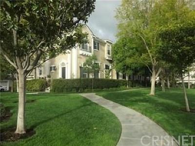 Los Angeles County Condo/Townhouse Active Under Contract: 23420 Waterway Lane #11