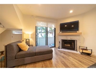 Lake Balboa CA Condo/Townhouse For Sale: $435,000