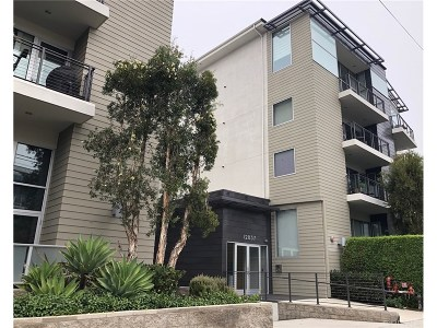 Condo/Townhouse For Sale: 12837 Moorpark Street #209